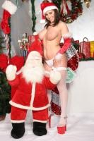 Whitney And Devon Do Christmas 28