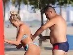 Beach Shower Prank Is Pretty Damn Funny