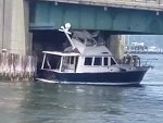 Boat Dumbarse Gets It Stuck Under A Bridge