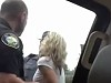 Crazyass Mum Starts Seriously Wigging Out During Police Stop