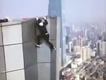 Daredevil Rooftopper Falls To His Death In China