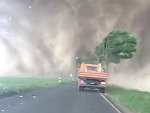 Drivers Unexpectedly Caught In A Tornado