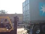 How To Unload A Container Without A Crane