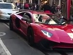 Lambo Owner Rightfully Beats A Guy For Jumping On His Aventador