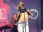 Tove Lo Flashes Her Titties During A Performance